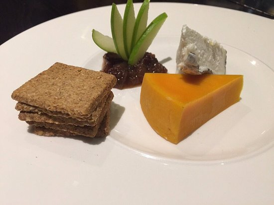 The Fish People Cafe: Cheese Plate