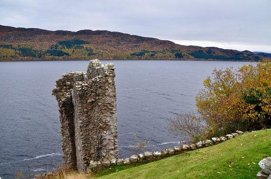 Urquhart Castle: photo3.jpg