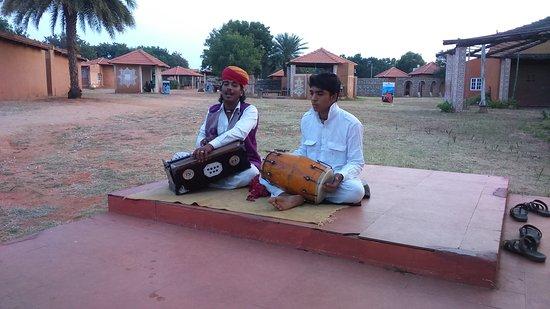 Vijayshree Theme Village: The Rajastani Songs
