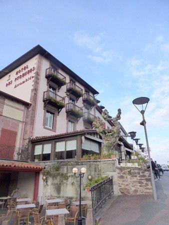 Hotel les pyrenees saint jean pied de port france voir les tarifs et 55 avis - Hotel des pyrenees st jean pied de port ...