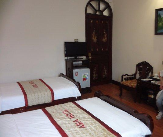 Asia Hotel Hanoi: 部屋