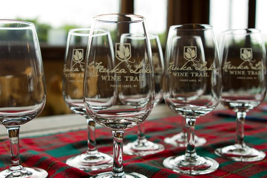 Penn Yan, Estado de Nueva York: Receive your own KLWT wine glass at any of our Signature Events!