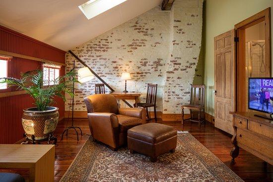 Monrose Row: room #4 / attic suite sitting room