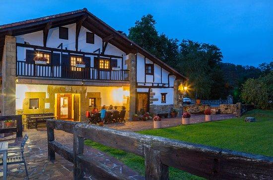 Casa Rural Arotzenea: exterior