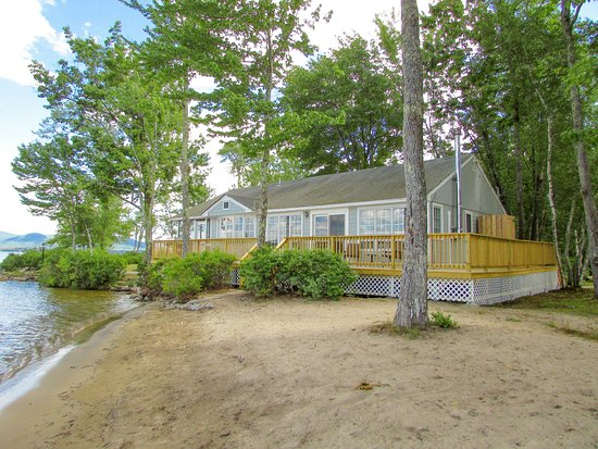 Ossipee, NH: Shorepointe Cottage