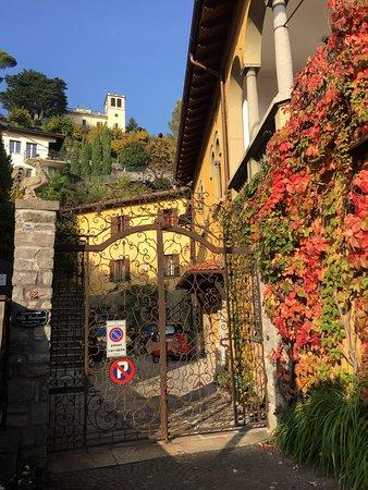 Villa Giuliana Guest House