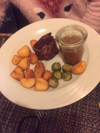 Restaurant Wohnzimmer Rump Steak