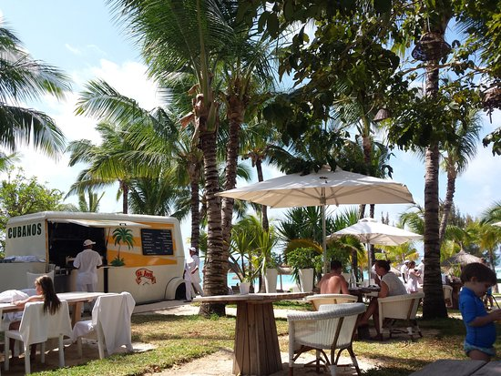 LUX* Belle Mare: Le Food truck (hamburgers et tex-mex ...)