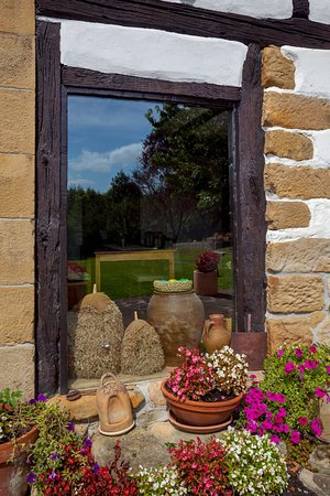Casa Rural Arotzenea: Ventana Exterior Comedor