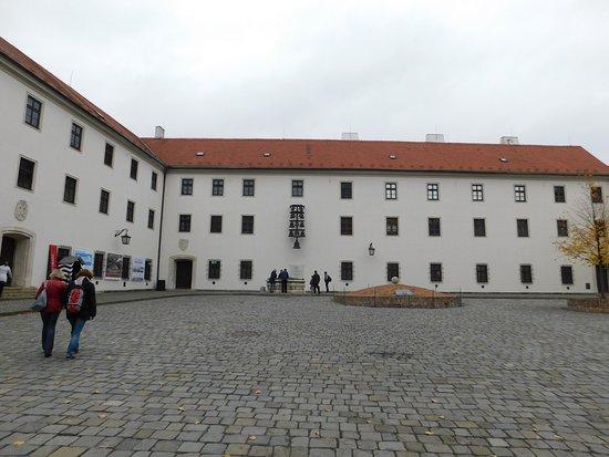 Brno, República Checa: Spilberk castle yard