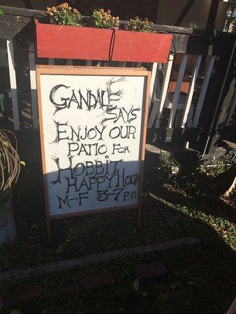Hobbit Cafe: Fun little sign
