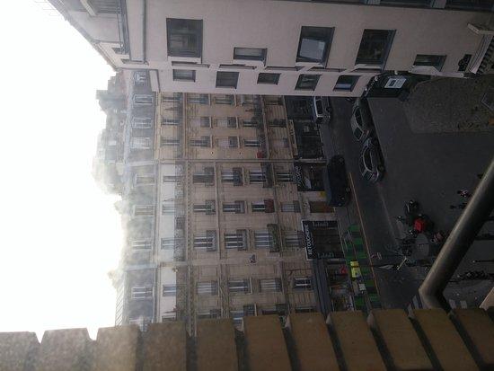 BEST WESTERN Hotel Eiffel Cambronne: 20160903_080217_large.jpg