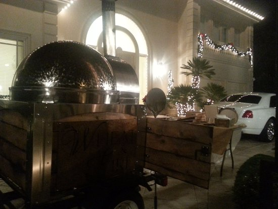 Beaumont, CA: Our Portable Wood Fired Pizza Oven Catering to you!