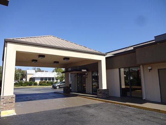 Red Roof Inn U0026 Suites Statesboro