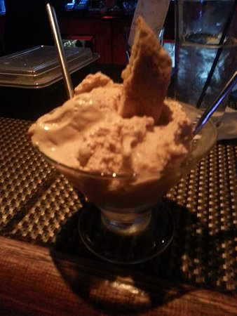 Richmond, IL: Homemade peanut butter gelato