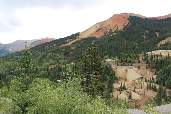 Silverton, CO: Yankee Girl Mine (right) and Red Mountains