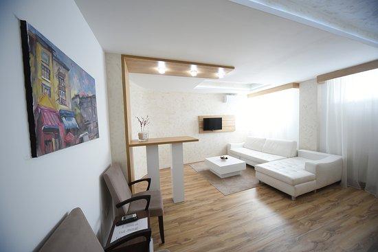 Hotel Uni Elita Lux