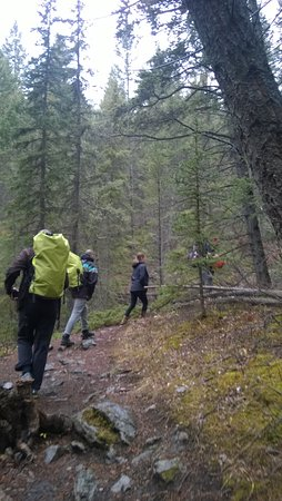 Canmore Cave Tours: Going to the cave!