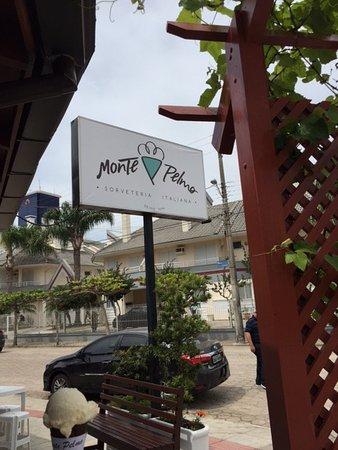 Sorveteria Italiana Monte Pelmo: Nova identidade visual da Sorveteria Monte Pelmo