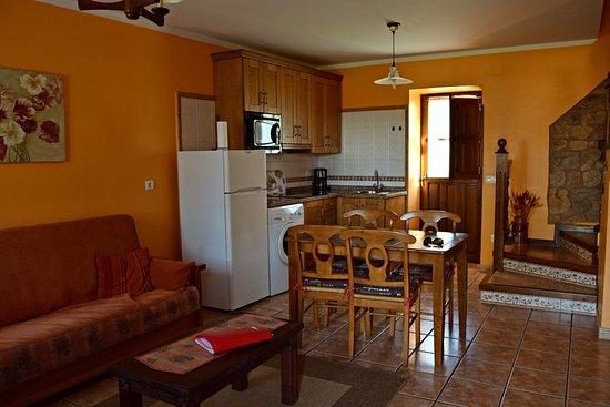 Romillo, España: Salón comedor