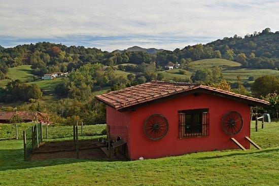 La Quintana De Romillo: Pequeño establo