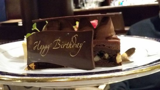 Fabulous The Delicious Chocolate Cake With A Happy Birthday Slab Of Funny Birthday Cards Online Fluifree Goldxyz