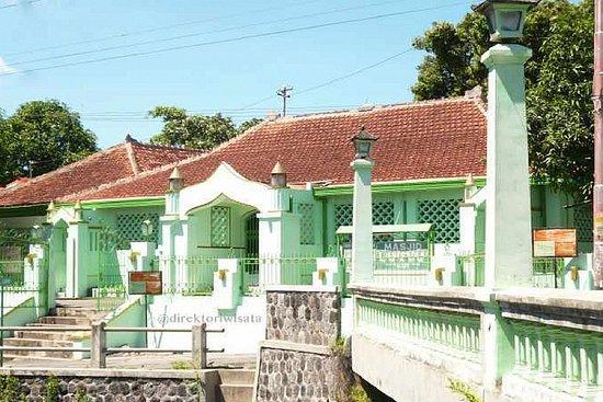 Laweyan Mosque