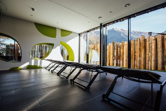 Riezlern, Østrig: Ruhebereich mit zusätzlichen Kuschelliegen im neuen Relax Spa der Sonnenburg
