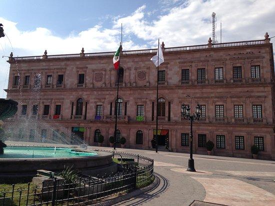Saltillo, Mexiko: Frente de palacio