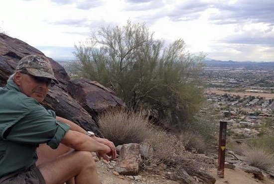 South Mountain Park: Watching the Valley