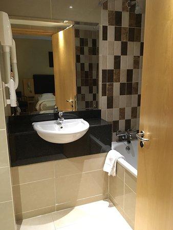BEST WESTERN PLUS Academy Plaza Hotel: photo2.jpg