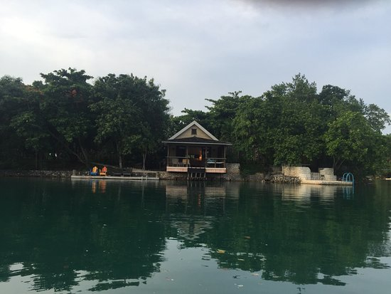 Goldeneye Resort: photo4.jpg