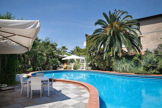 Hotel Villa Maremonti Photo
