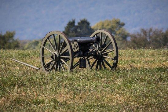 Middletown, VA: Confederate Cannon