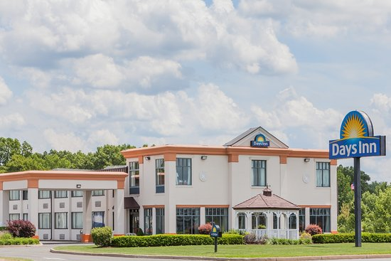 Days Inn Windsor Locks - Bradley International Airport