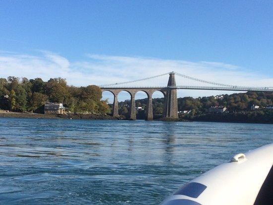 Menai Bridge, UK: photo0.jpg