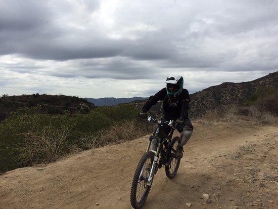 Altadena, CA: great ride under the glummy clouds