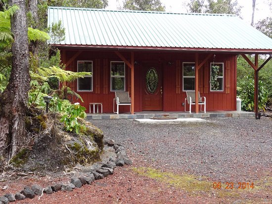 Entrance - Picture of Alii Kane Cottages, Island of Hawaii - Tripadvisor