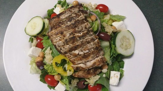 DeWitt, NY: CHICKEN GREEK SALAD