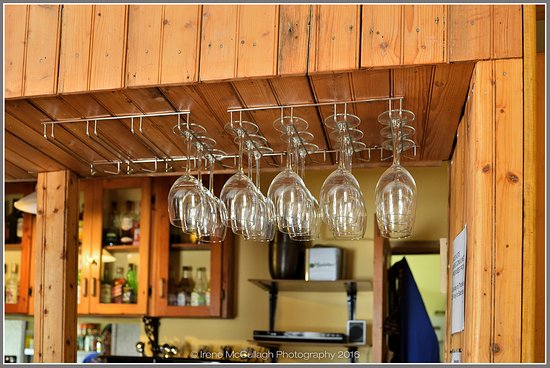 Piketberg, South Africa: glasses at the bar
