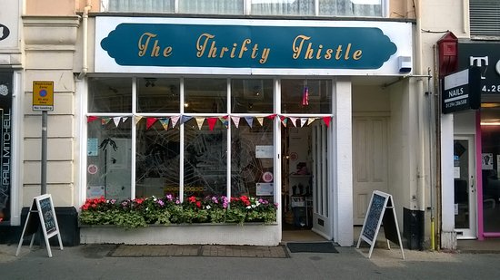 Felixstowe, UK: The Thrity Thistle