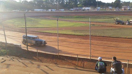411 Motor Speedway: 411 Speedway