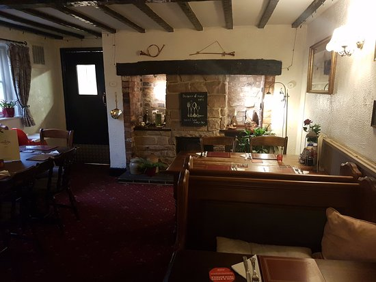 Little Budworth, UK: Great staff and welcoming atmosphere