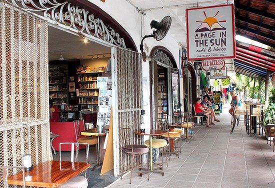 A Page in the Sun: ¡Estamos en la Zona Romántica de Puerto Vallarta! / We're in the Romantic Zone of Puerto Vallart