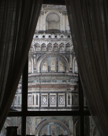 Palazzo Niccolini al Duomo: This is how close the room is to the Duomo