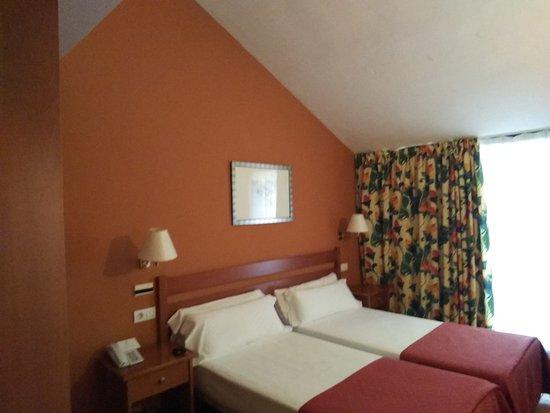 Hotel Portal del Caroig : IMG_20161101_164515_large.jpg