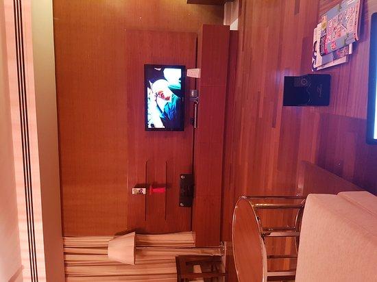 Fraser Suites Doha: TA_IMG_20161105_011430_large.jpg