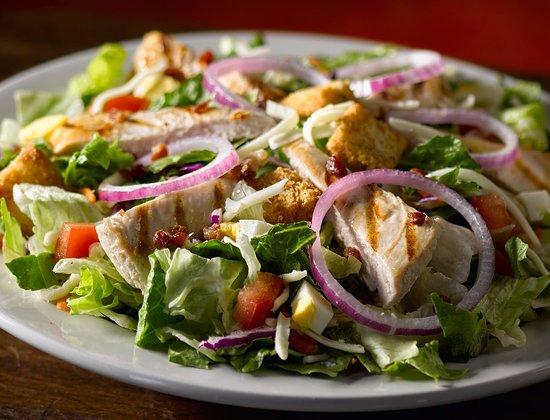 โรสวิลล์, มิชิแกน: Grill chicken salad