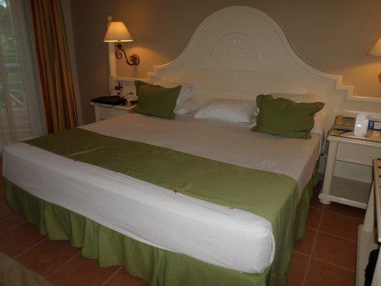 Grand Bahia Principe El Portillo: Room beds