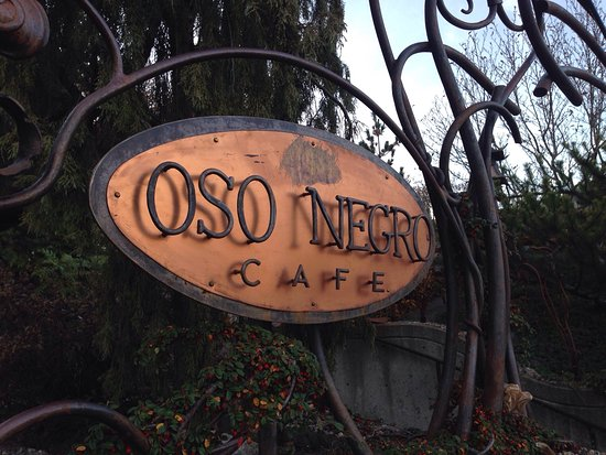 Oso Negro: I got a little lost, the café is on 604 Ward Street and the Roastery is on 512 Latimer.